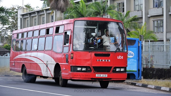 autobus_na_autobuskoj_stanici_mauricijus_photo_by_ira_petrov