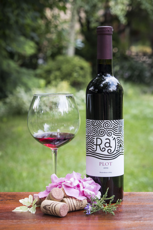 crveno_vino_plot_vinarija_raj