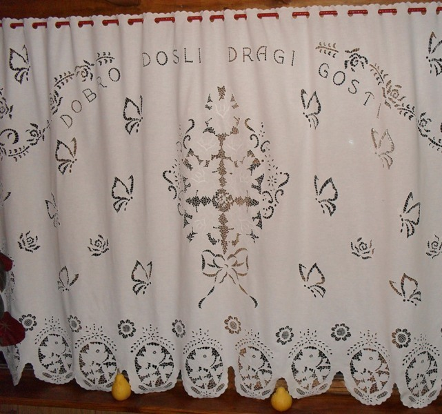 Kreativa kućna radinost Proizvodnja kućnog tekstila od pamuka,lana i svile