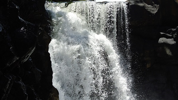 grand_river_south_east_waterfall_mauritius_photo_by_ira_petrov