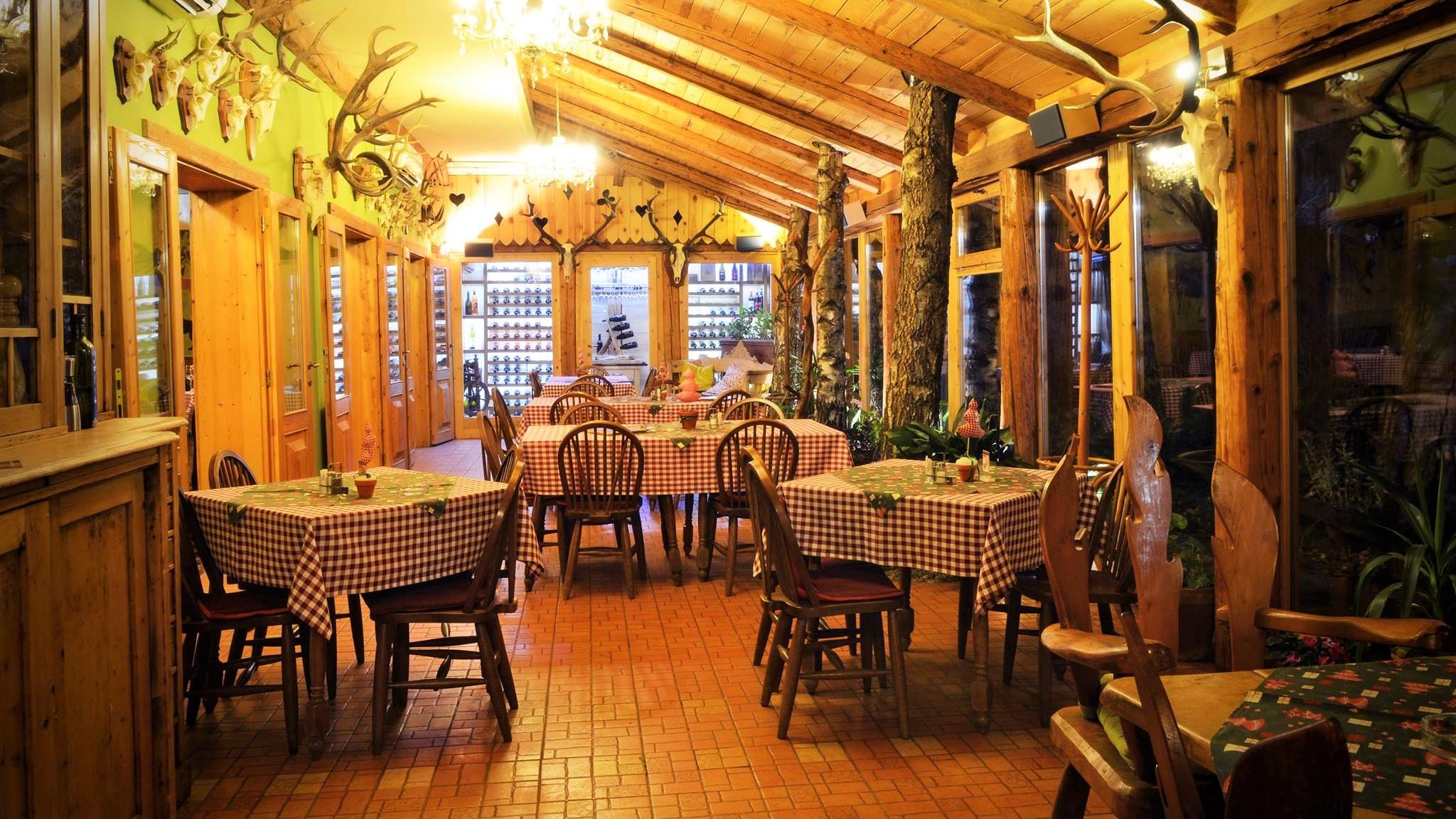 lovacki_dom_restoran_capriolo_backa_topola