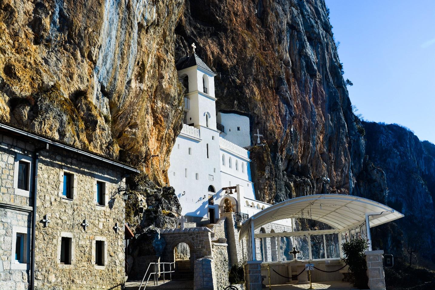 manastir_ostrog