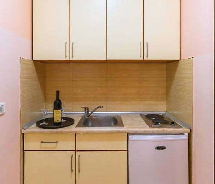 mini_kuhinja_apartman_lara_canj