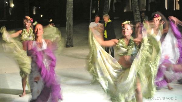 plesacice_igraju_sega_ples_mauricijus_photo_by_ira_petrov