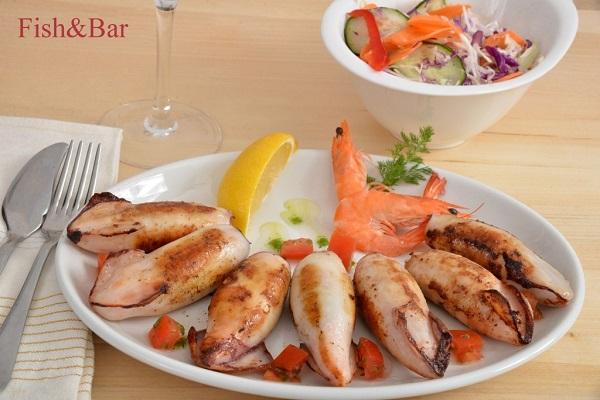 punjene_lignje_gamborima_fish_and_bar_beograd