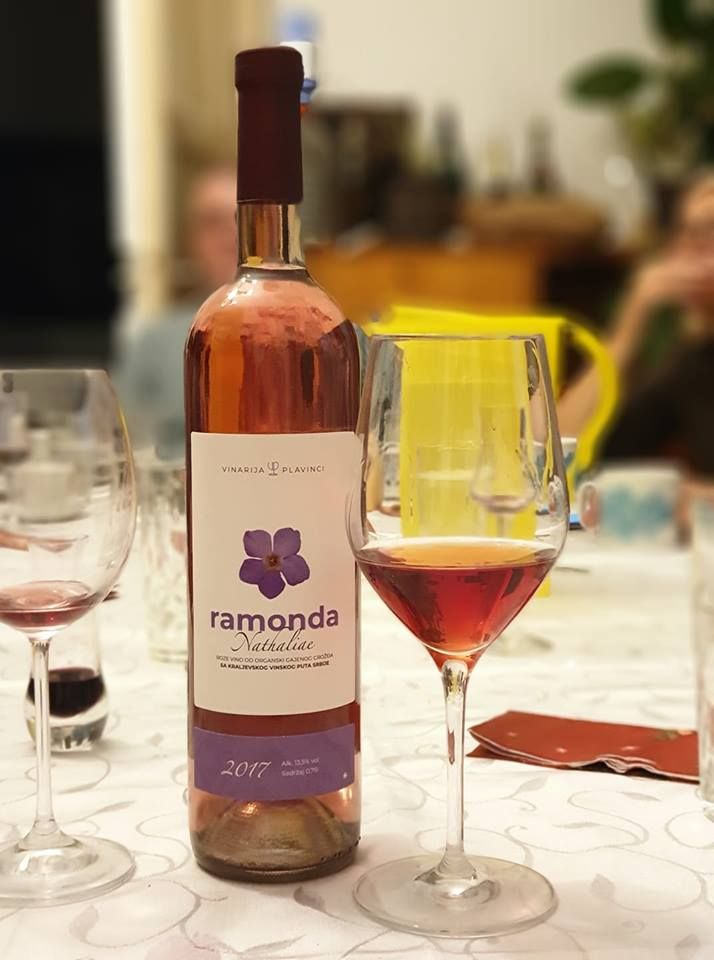vino_ramonda