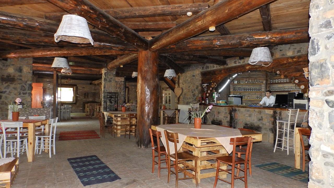 sank_i_ambijent__etno_restoran_zimska_bajka_etno_selo_zabran