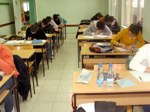 ucenici_u_skolskoj_ucionici_posavotamnavska_srednja_skola_vladimirci